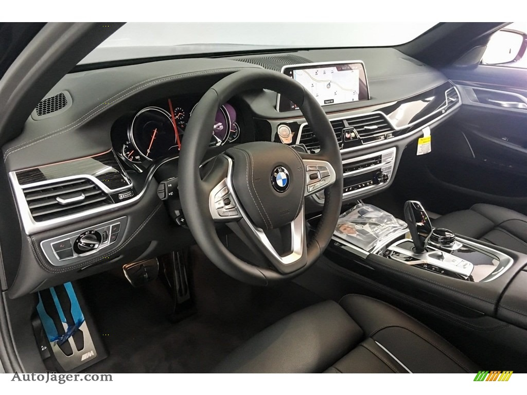 2019 7 Series 750i Sedan - Black Sapphire Metallic / Black photo #5