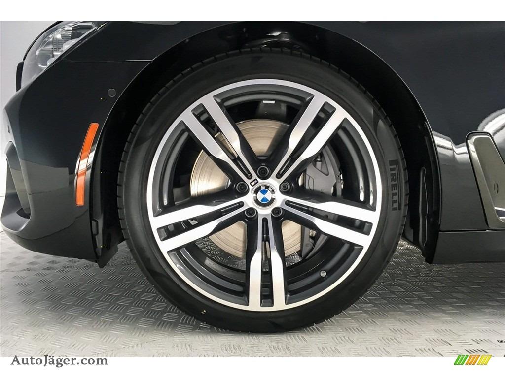 2019 7 Series 750i Sedan - Black Sapphire Metallic / Black photo #9