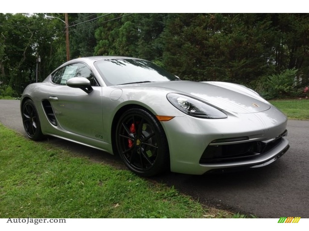 GT Silver Metallic / Black/Bordeaux Red Porsche 718 Cayman GTS