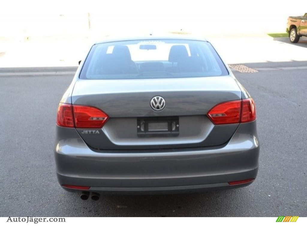 2014 Jetta S Sedan - Platinum Gray Metallic / Titan Black photo #5