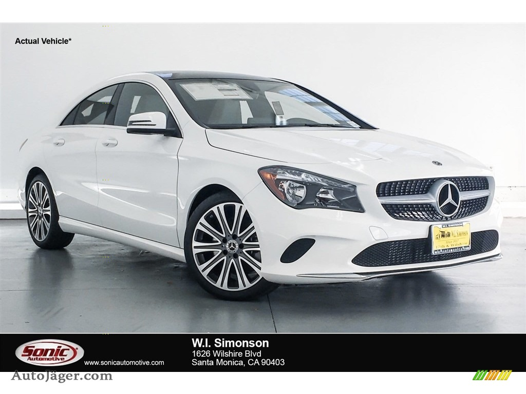 2018 CLA 250 Coupe - Polar White / Crystal Grey photo #1