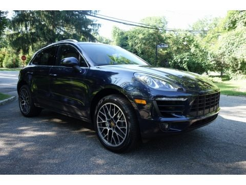 Night Blue Metallic 2018 Porsche Macan S