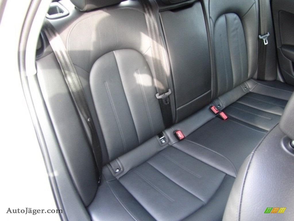 2013 A6 2.0T quattro Sedan - Ice Silver Metallic / Black photo #24