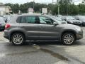 Volkswagen Tiguan SE 4Motion Reflex Silver Metallic photo #9