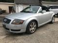 Audi TT 1.8T Roadster Lake Silver Metallic photo #2