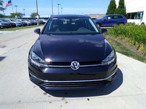 Deep Black Pearl 2018 Volkswagen Golf S