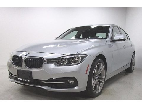 Glacier Silver Metallic 2018 BMW 3 Series 330i xDrive Sedan