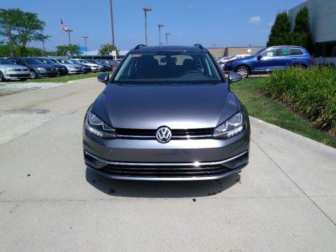 Platinum Gray Metallic 2018 Volkswagen Golf SportWagen SE
