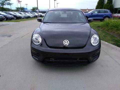 Deep Black Pearl 2018 Volkswagen Beetle S