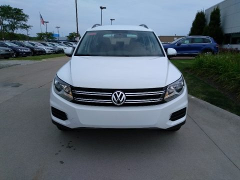 Pure White 2018 Volkswagen Tiguan Limited 2.0T 4Motion