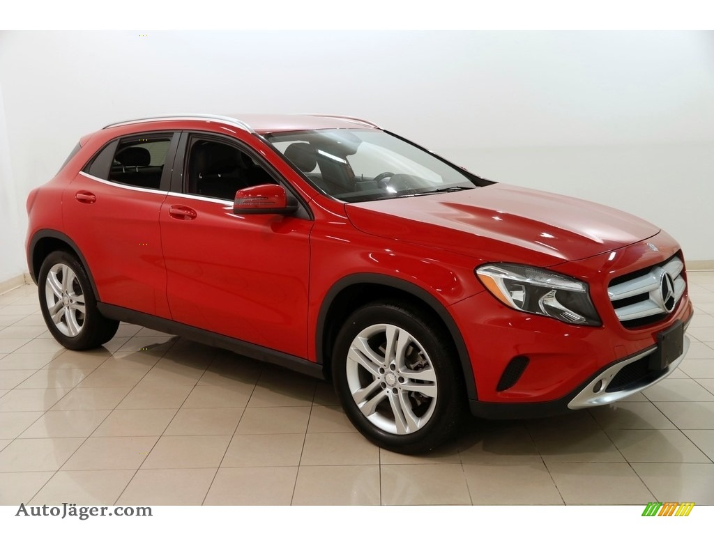 Jupiter Red / Black Mercedes-Benz GLA 250 4Matic
