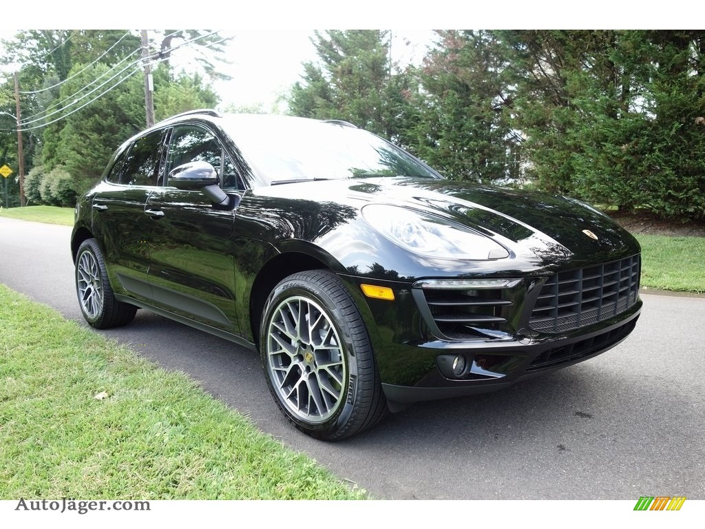 2018 Macan S - Black / Black photo #1
