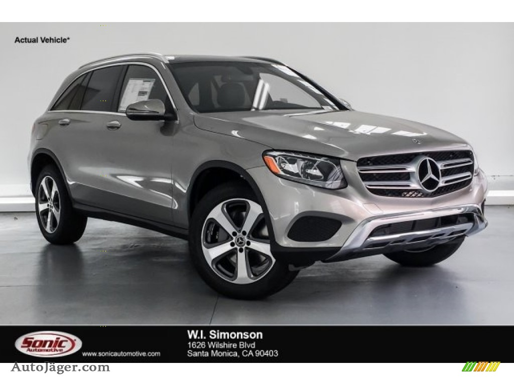 2019 GLC 300 - Mojave Silver Metallic / Black photo #1