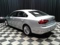 Volkswagen Passat SE Sedan Reflex Silver Metallic photo #8