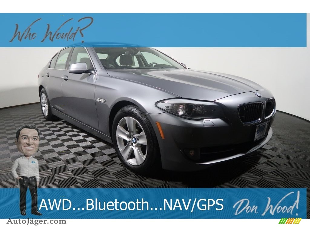 2013 5 Series 528i xDrive Sedan - Space Gray Metallic / Everest Gray photo #1