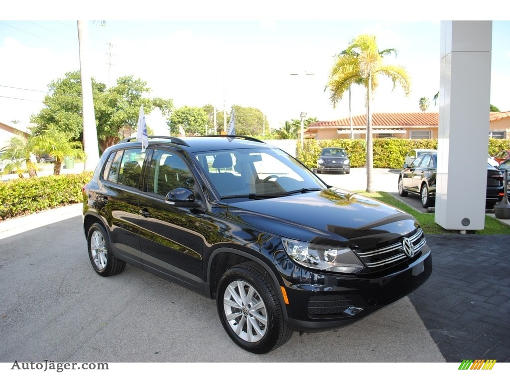 2018 Tiguan Limited 2.0T - Deep Black Pearl / Charcoal Black photo #1