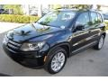 Volkswagen Tiguan Limited 2.0T Deep Black Pearl photo #4