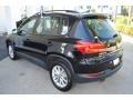 Volkswagen Tiguan Limited 2.0T Deep Black Pearl photo #6