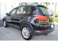 Volkswagen Tiguan Limited 2.0T Deep Black Pearl photo #7