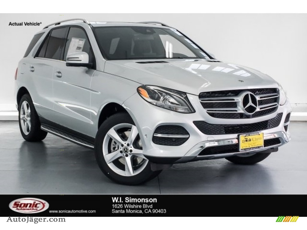 Iridium Silver Metallic / Black Mercedes-Benz GLE 400 4Matic