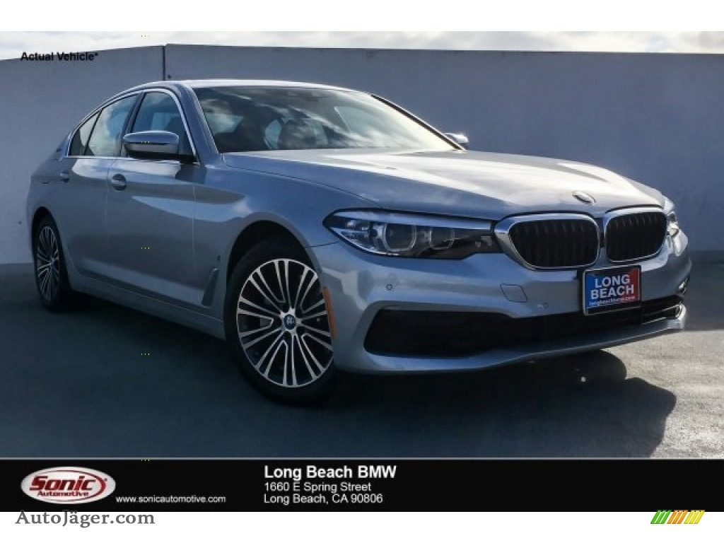 2019 5 Series 530e iPerformance Sedan - Glacier Silver Metallic / Black photo #1