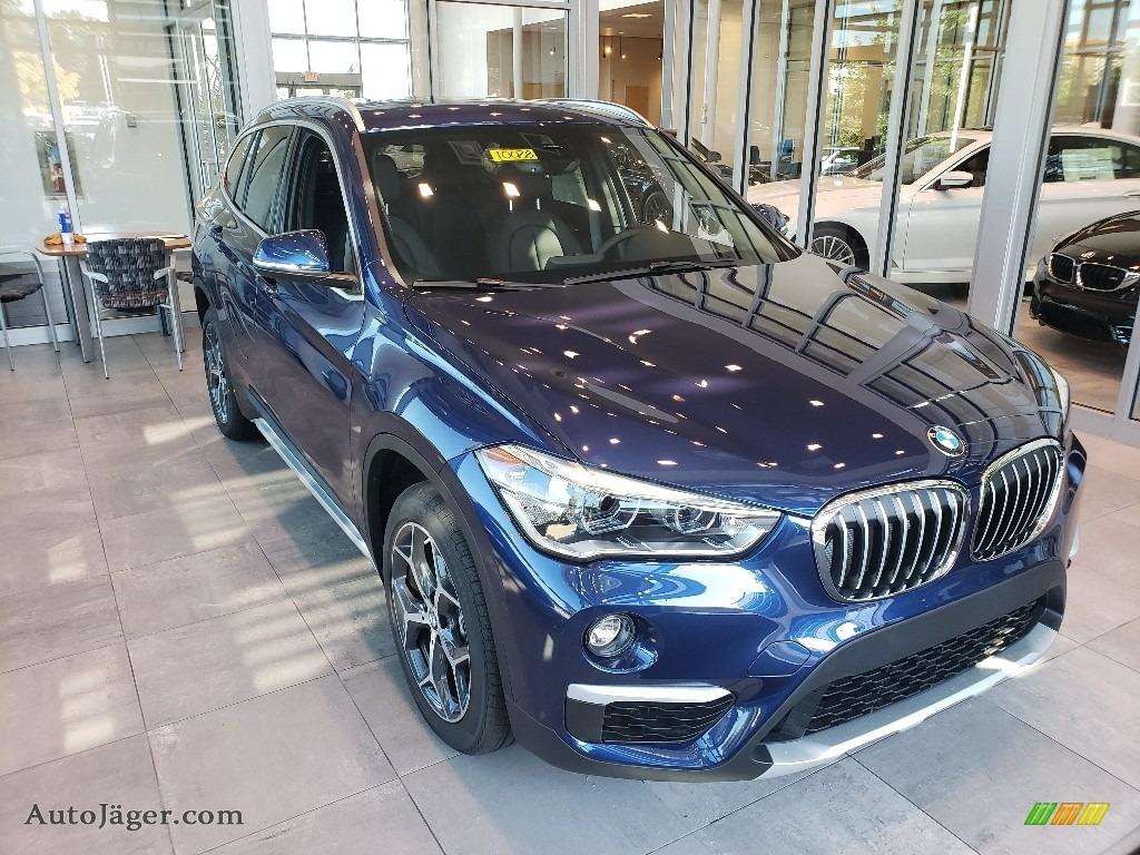 2018 X1 xDrive28i - Mediterranean Blue Metallic / Black photo #1