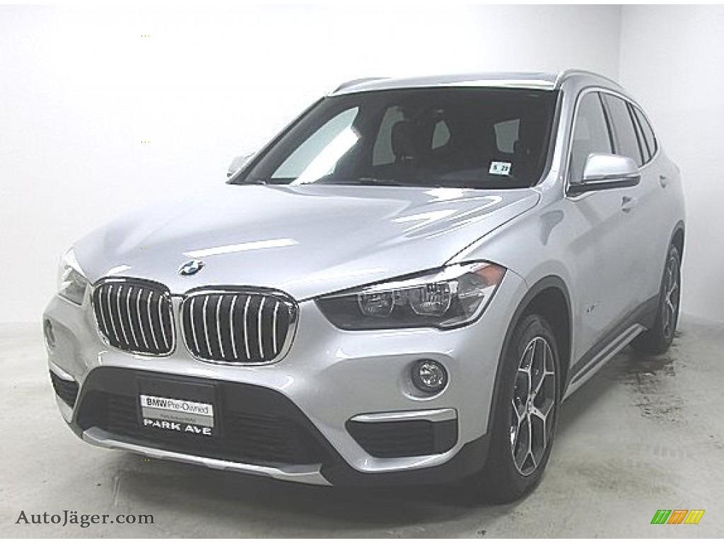 2018 X1 xDrive28i - Glacier Silver Metallic / Black photo #1