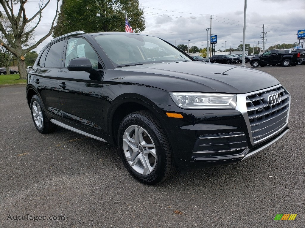 2018 Q5 2.0 TFSI Premium quattro - Brilliant Black / Atlas Beige photo #1