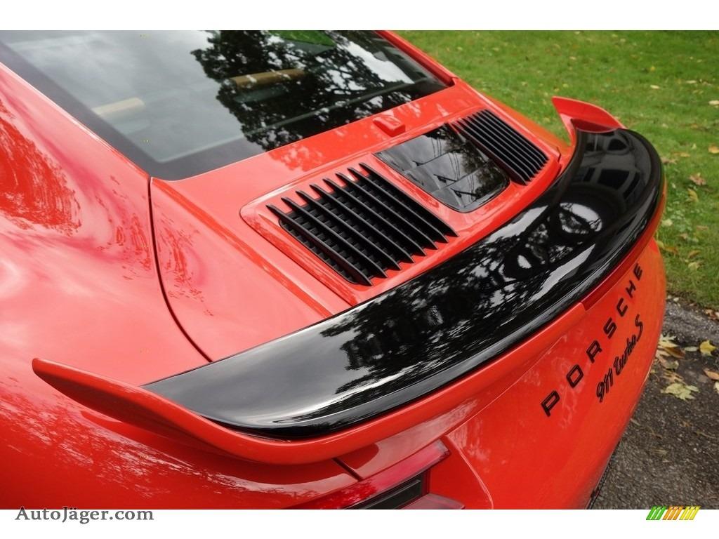 2018 911 Turbo S Coupe - Lava Orange / Espresso/Cognac Natural photo #17