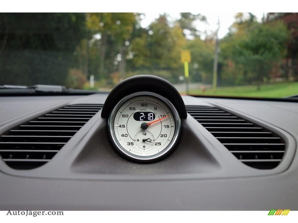 2018 911 Turbo S Coupe - Lava Orange / Espresso/Cognac Natural photo #31