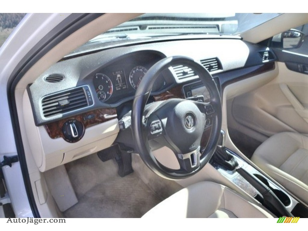 2013 Passat V6 SEL - Candy White / Cornsilk Beige photo #10