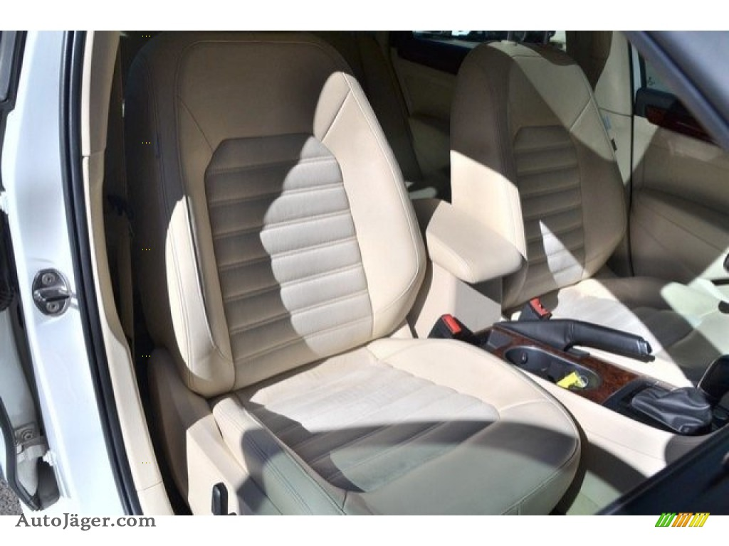 2013 Passat V6 SEL - Candy White / Cornsilk Beige photo #19
