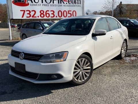 Candy White 2011 Volkswagen Jetta SEL Sedan