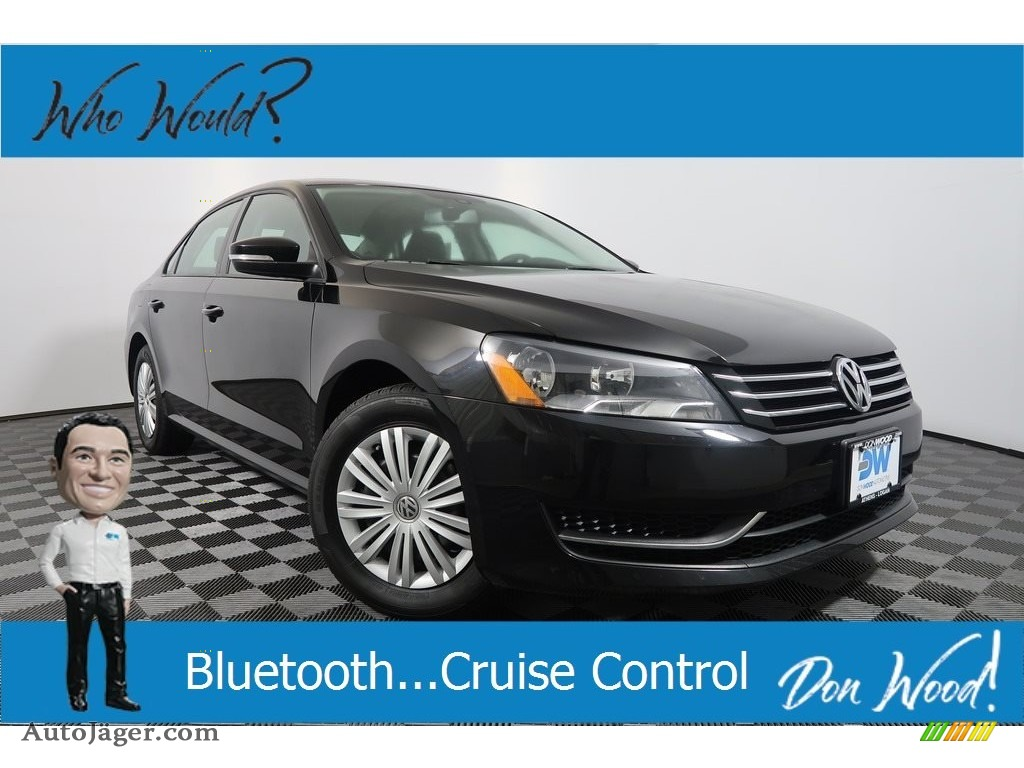 2015 Passat S Sedan - Black / Moonrock Gray photo #1