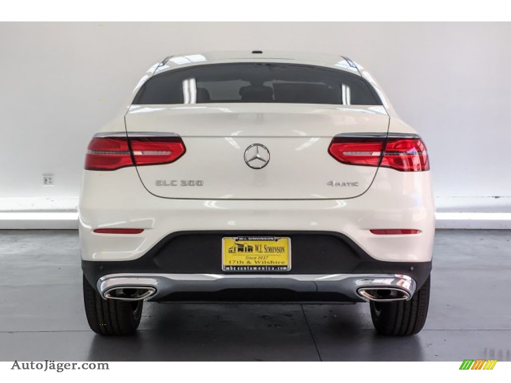 2019 GLC 300 4Matic Coupe - designo Diamond White Metallic / Black photo #3