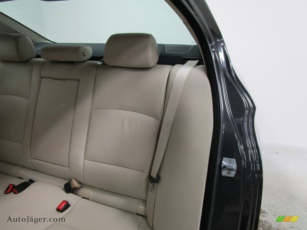 2013 5 Series 528i xDrive Sedan - Dark Graphite Metallic II / Oyster/Black photo #11
