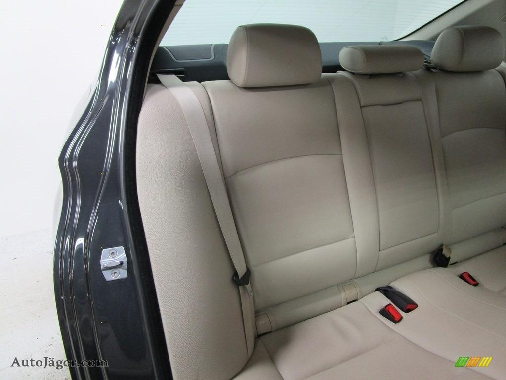 2013 5 Series 528i xDrive Sedan - Dark Graphite Metallic II / Oyster/Black photo #17