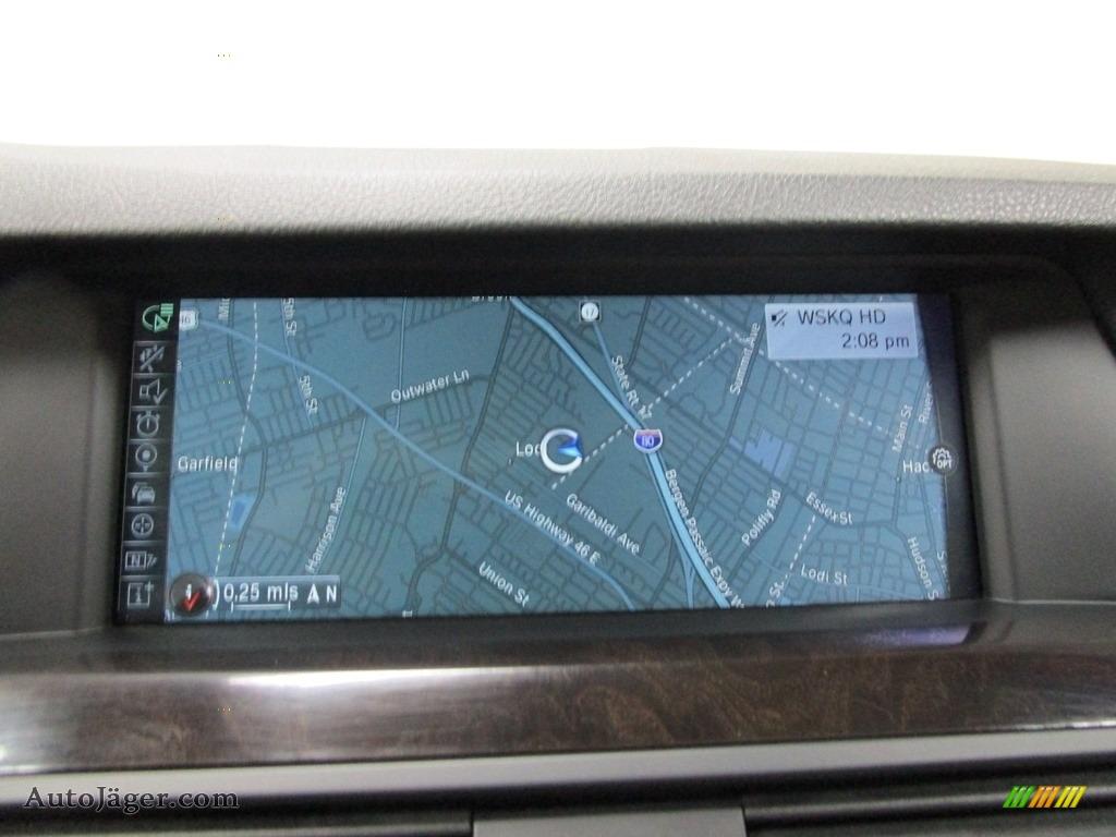 2013 5 Series 528i xDrive Sedan - Dark Graphite Metallic II / Oyster/Black photo #25