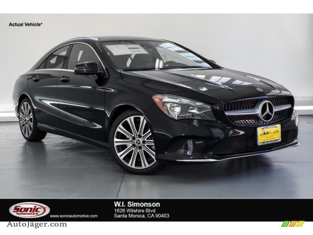 Night Black / Black Mercedes-Benz CLA 250 Coupe