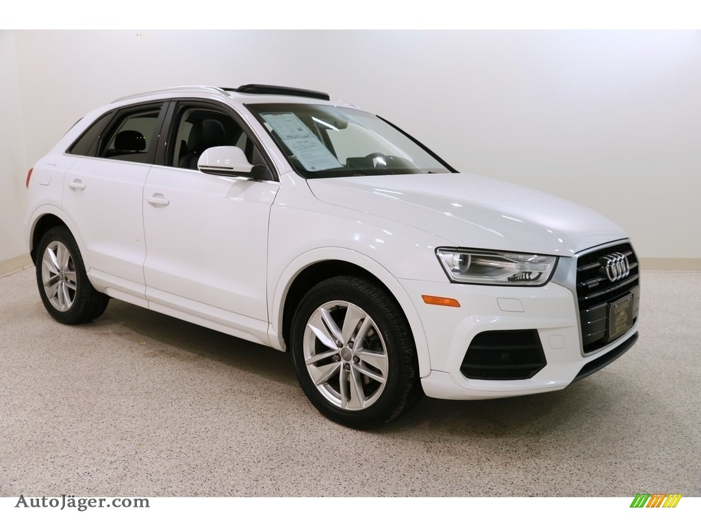2016 Q3 2.0 TSFI Premium Plus quattro - Glacier White Metallic / Black photo #1