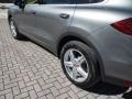Porsche Cayenne Diesel Meteor Grey Metallic photo #38