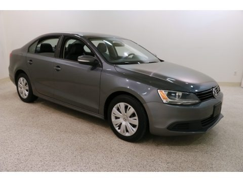 Platinum Gray Metallic 2012 Volkswagen Jetta SE Sedan