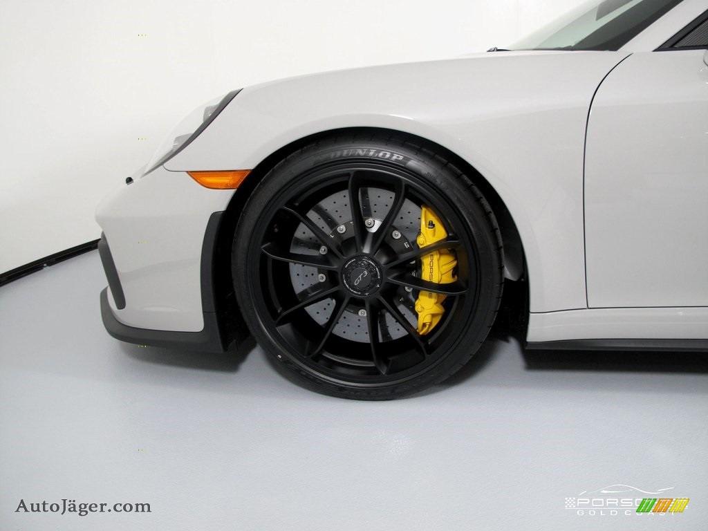 2019 911 GT3 - White / Black w/Alcantara photo #9