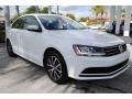 Volkswagen Jetta SE Pure White photo #2