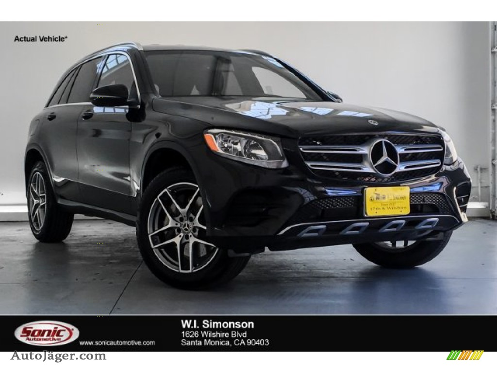 2019 GLC 300 - Black / Black photo #1
