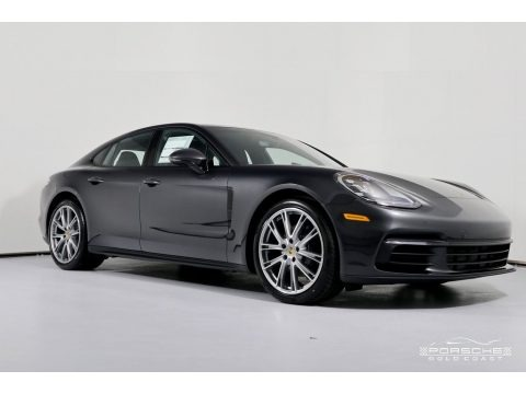 Volcano Grey Metallic 2019 Porsche Panamera 4