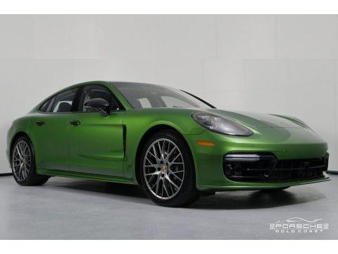 Mamba Green Metallic 2018 Porsche Panamera 4S