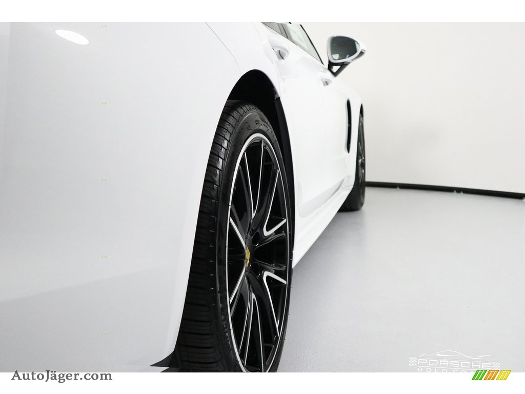 2019 Panamera 4 - White / Black photo #10