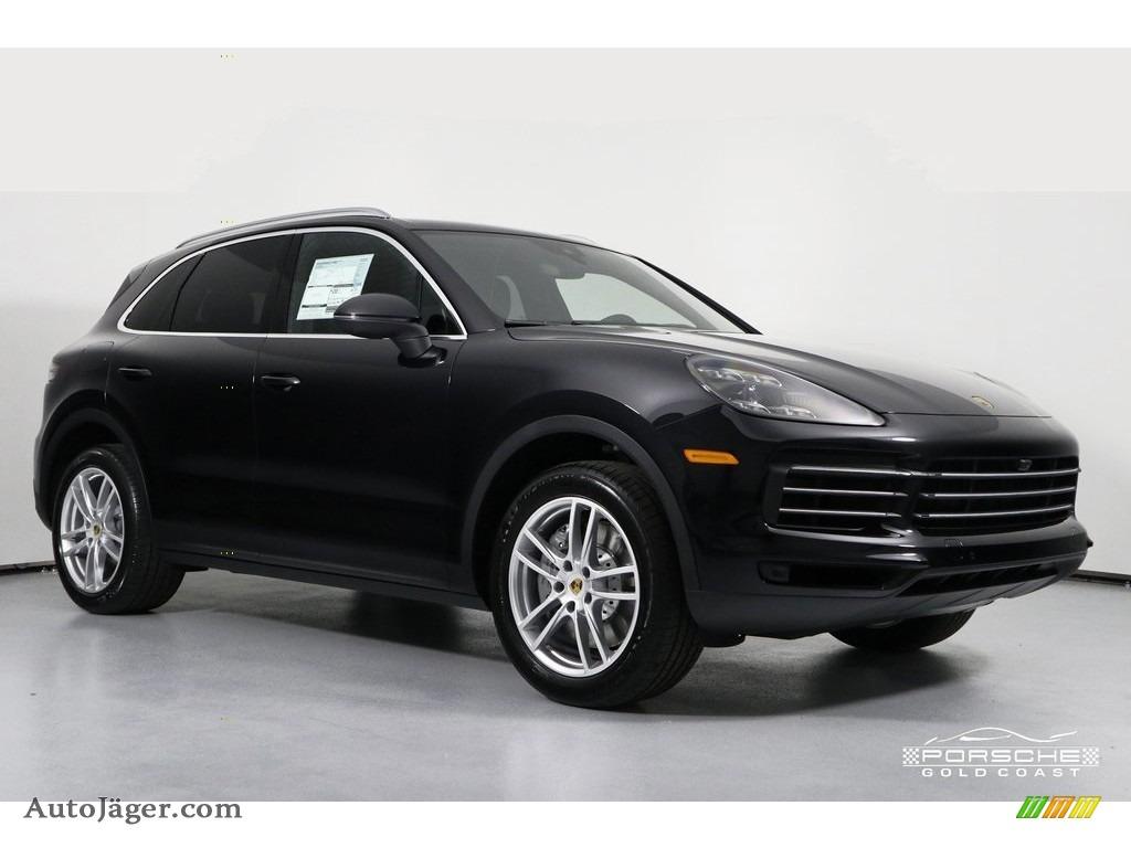 Black / Black Porsche Cayenne S