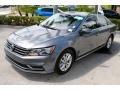 Volkswagen Passat S Sedan Platinum Gray Metallic photo #4